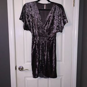 Women's Crushed Velvet Dress